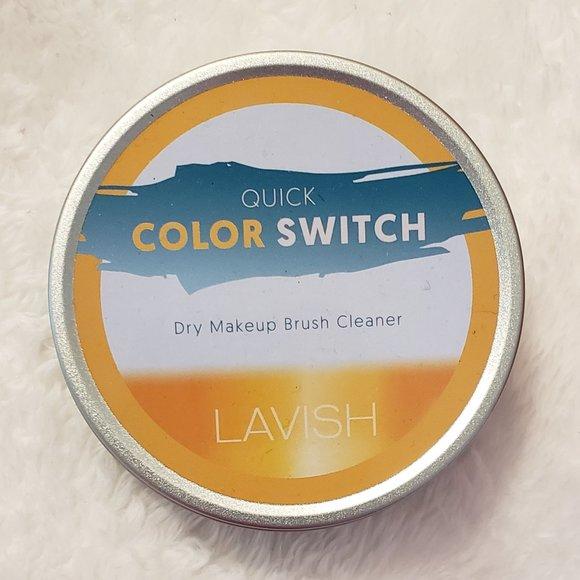 Lavish Color Switch Eyeshadow Dry Brush Cleaner